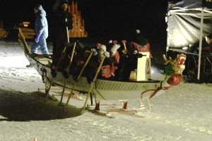 Snow Dragon Boat_4